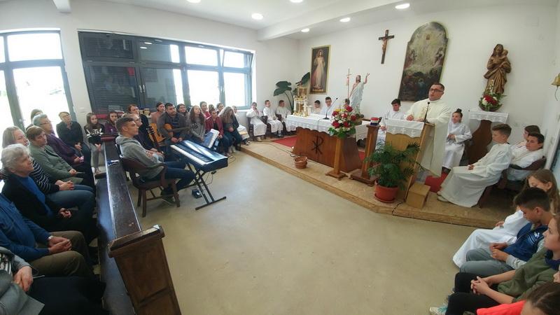 Marijina legija predstavljena u Župi Preobraženja Gospodnjeg