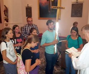 Mladi iz Petrinje krenuli na hodočašće do Marije Bistrice