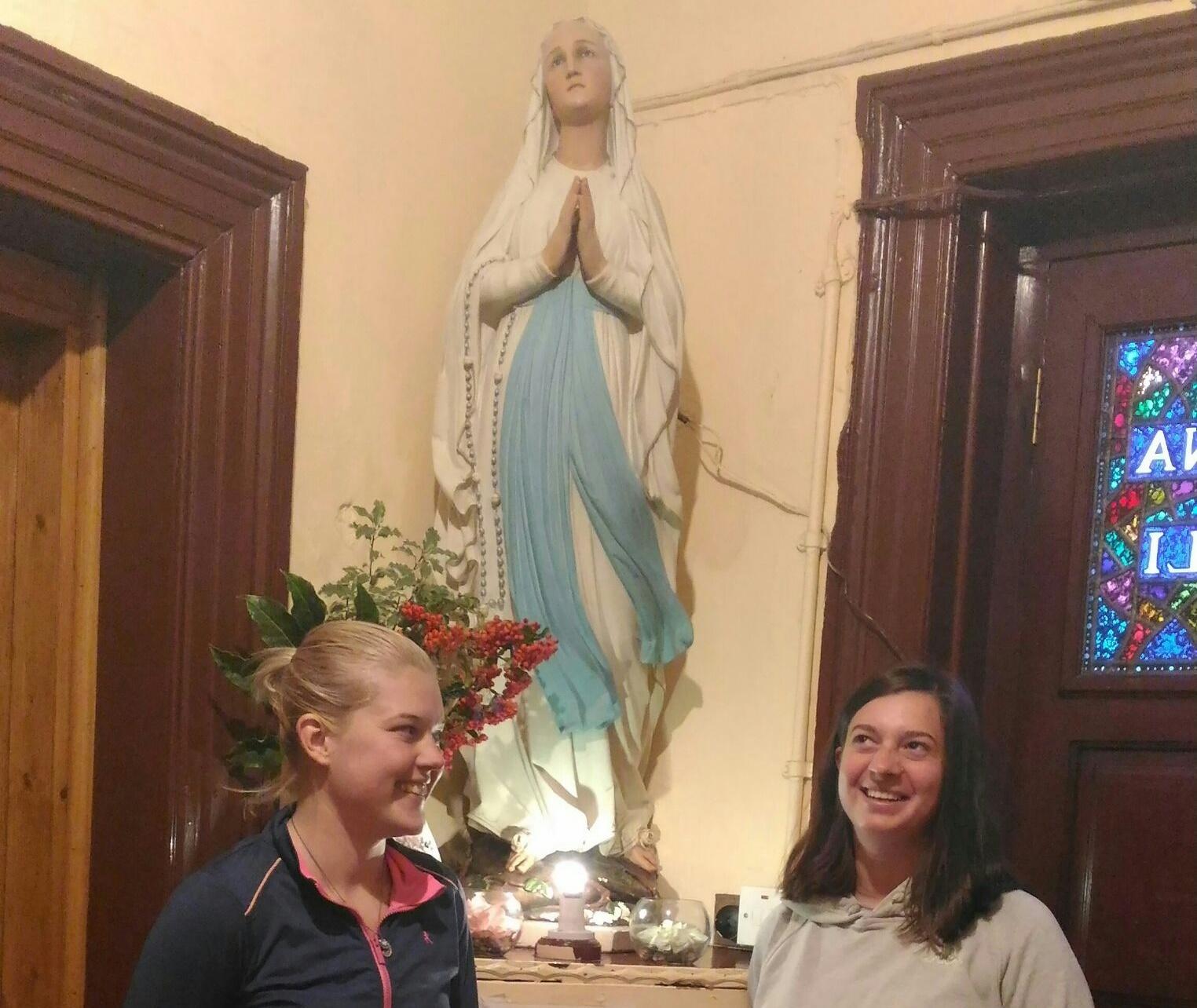 Inga i Marija u hostelu Regina Coeli u Dublinu
