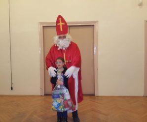 Izveli smo predstavu o sv.Nikoli djeci Male kuće i djeci župe sv.Lovro